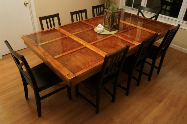 Garage_Door_Kitchen_Table_DIY